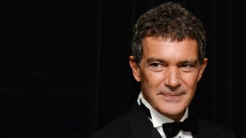 NEW YORK, NY - NOVEMBER 19:  Actor Antonio Banderas attends the Queen Sofia Spanish Institute 2013 Gold Medal Gala at The Waldorf=Astoria on November 19, 2013 in New York City.  (Photo by Andrew H. Walker/Getty Images)