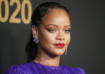 Rihanna retira la demanda contra su padre